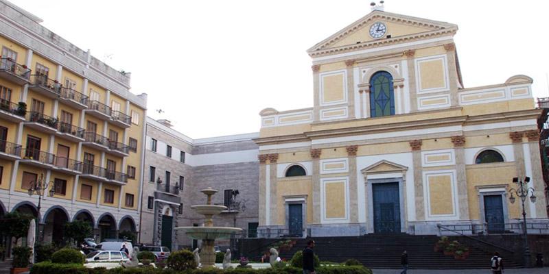 piazza_duomo_cava